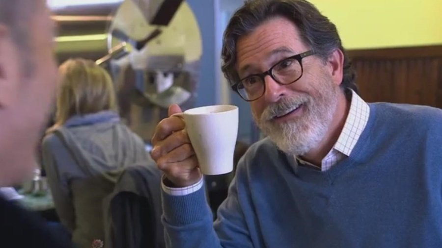 stephen colbert guest stars in season finale of 39 comedians in cars getting coffee 39 stream on. Black Bedroom Furniture Sets. Home Design Ideas