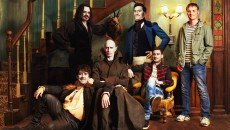 Jemaine Clement and Taika Waititi write, direct, and star in the vampire mockumentary 'What We Do in the Shadows'