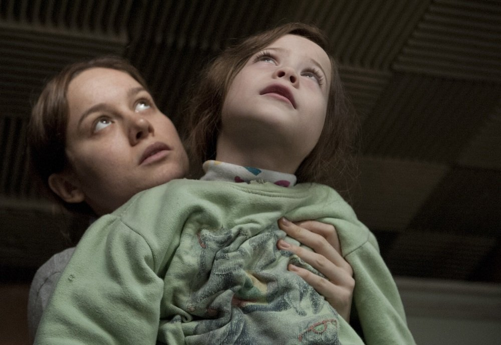 Brie Larson and Jacob Trembley as mother and son in 'Room'
