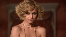 Christina Ricci is Zelda Sayre Fitzgerald in 'Z: The Beginning of Everything'