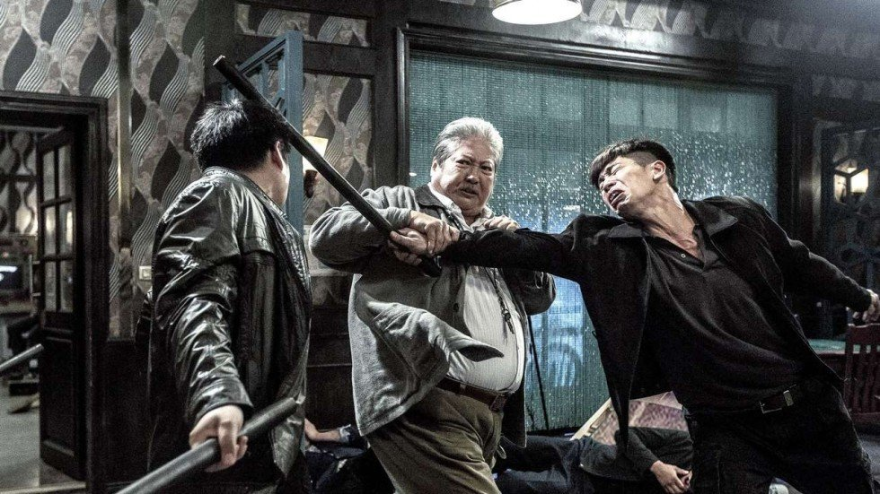 Sammo Hung directs and stars in this Hong Kong action drama