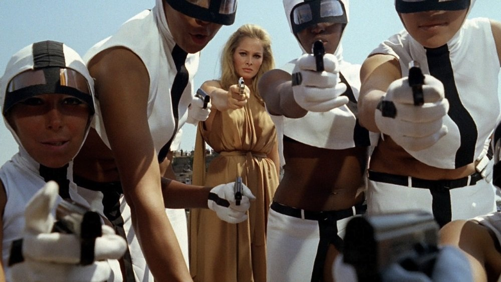 Ursula Andress and Marcello Mastroianni star in the satire by Elio Petri
