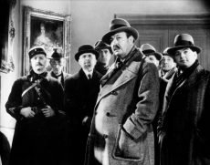 Harry Bauer is Georges Simenon's Inspector Maigret in the film by Julien Duvivier