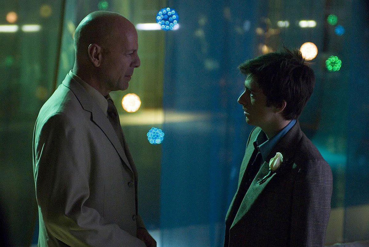 Bruce Willis and Reece Thompson in the film by Brett Simon
