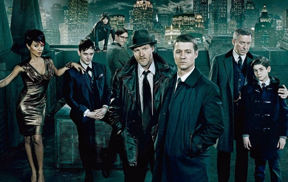 Ben McKenzie as Lt. Jim Gordon and the cast of 'Gotham'