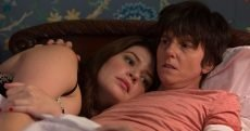Casey Wilson and Tig Notaro in 'One Mississippi' on Amazon Prime
