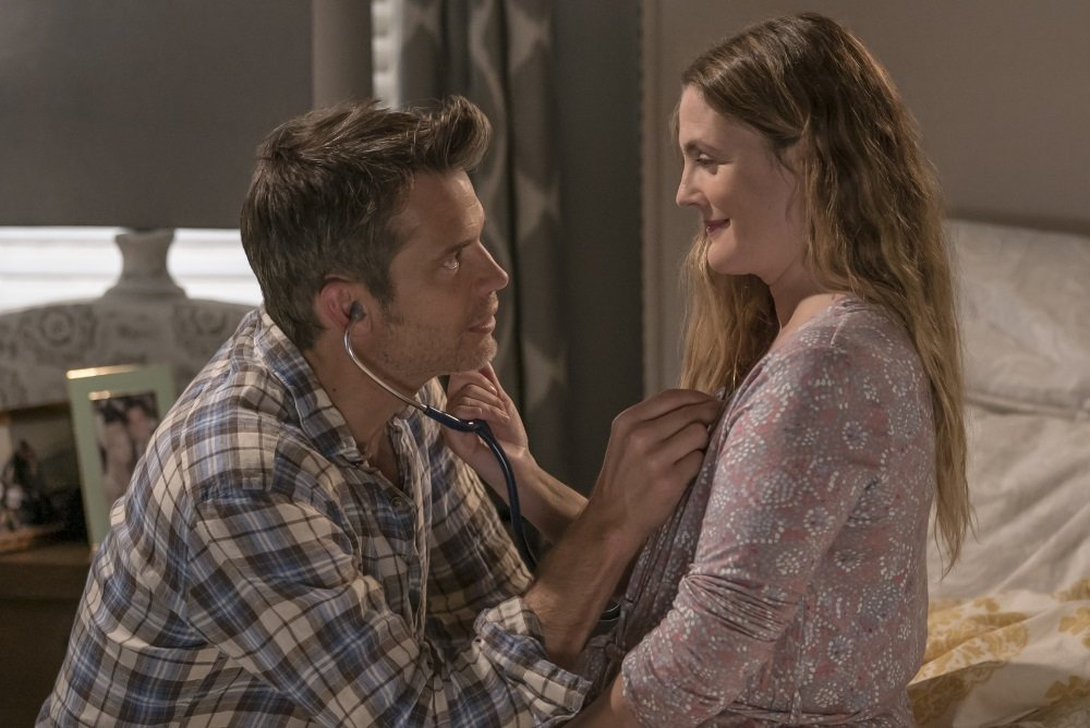 Timothy Olyphant in Drew Barrymore in the Netflix original series 'The Santa Clarita Diet'