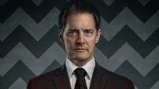 Kyle MacLachlan reprises his role of investigating FBI Special Agent Dale Cooper in the 2017 revival of David Lynch's 1990s mystery series Twin Peaks