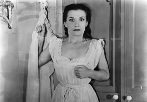Vera Clouzot in Henri-Georges Clouzot's Hitchcockian thriller with Simone Signoret